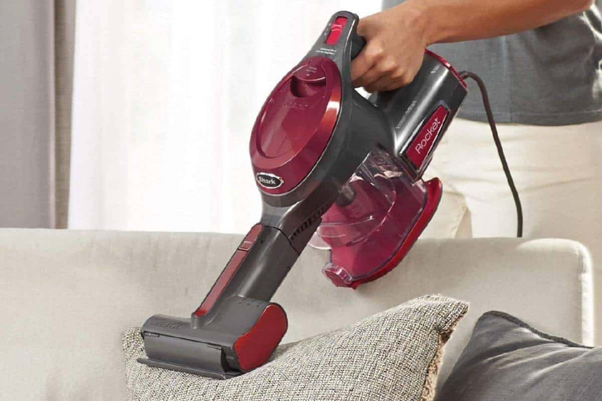 Top 5 Best Portable Carpet Cleaners of the Year
