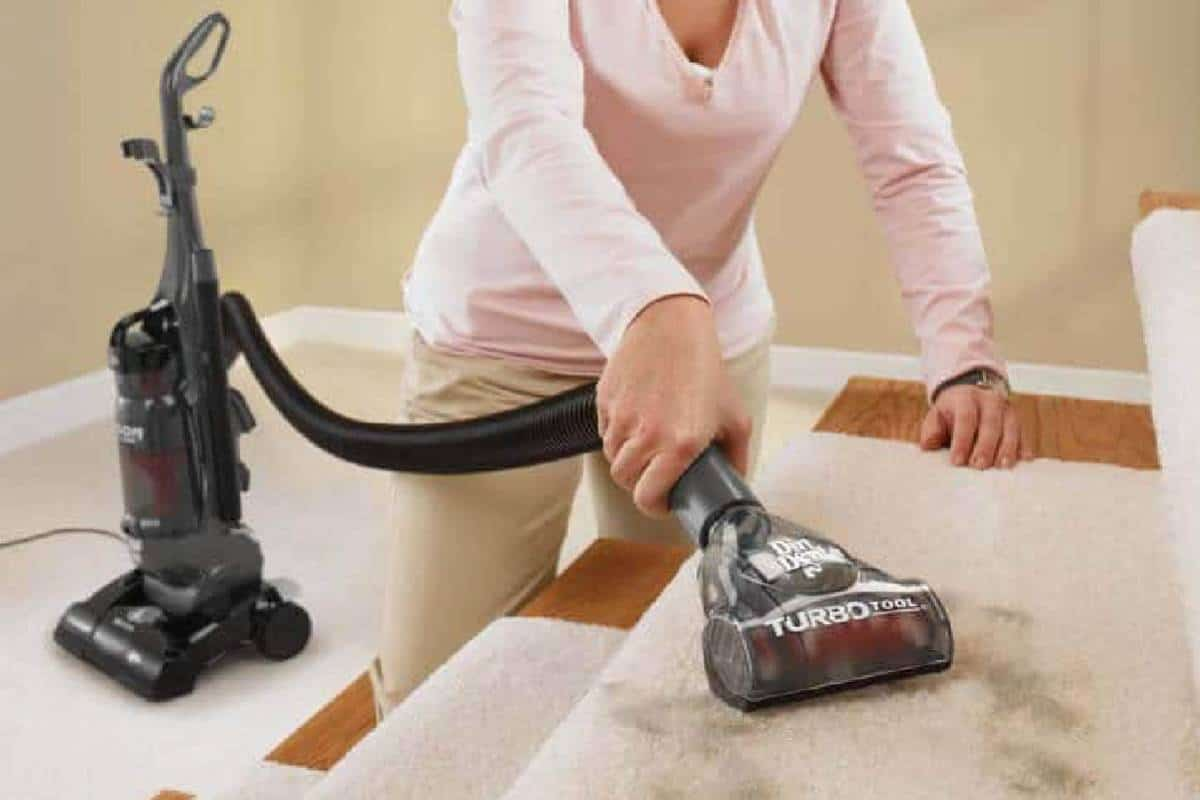 Top 7 Best Vacuum Cleaner for Stairs